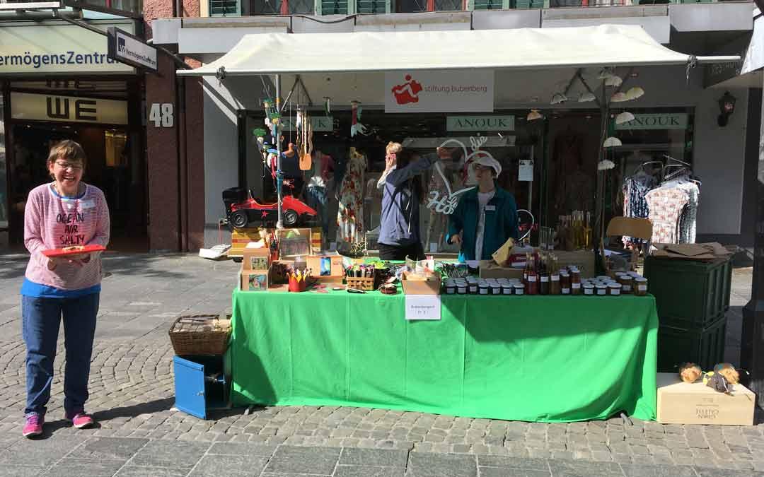 Atelier Verkaufsstand am Thuner Monatsmarkt